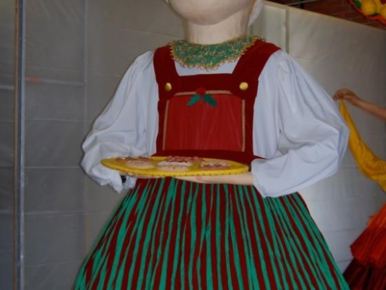 Disneyland Puppet Ms Claus